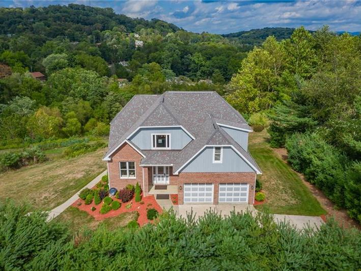 1000 Aristotle Dr, Unity Twp