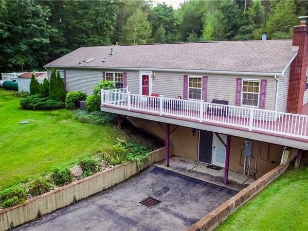 418 Claytonia Rd, Clay Twp