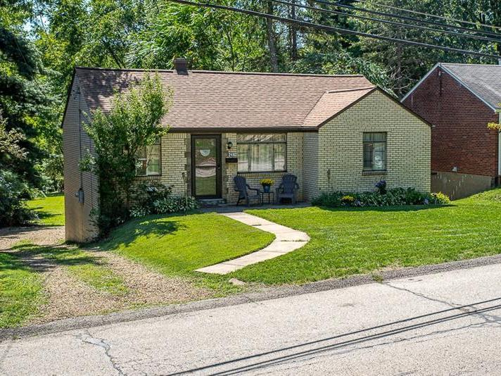 248 Briarwood, Penn Hills