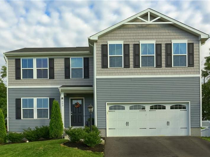 203 Sutton Drive, Connoquenessing Twp