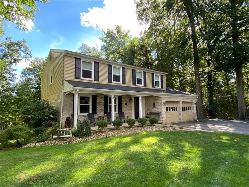 107 Grosvenor Ave, Center Twp