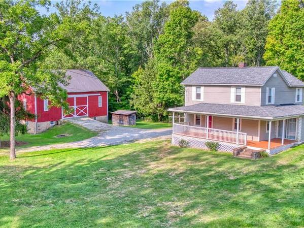 285 Mennonite Camp Rd, Mt. Pleasant Twp