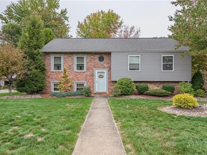 459 Lexington Drive, Hempfield Twp