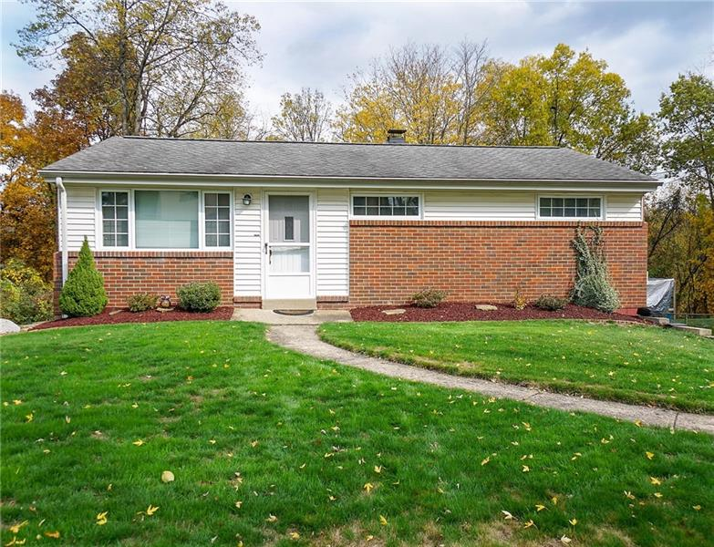 241 Burch Dr, Moon-Crescent Twp
