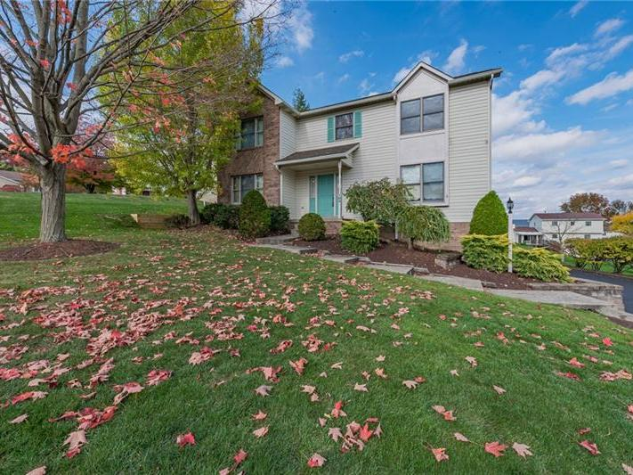 103 Rocky Mountain Court, Unity Twp