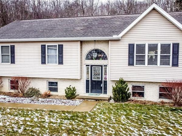 1217 Chicora Rd, Donegal Twp