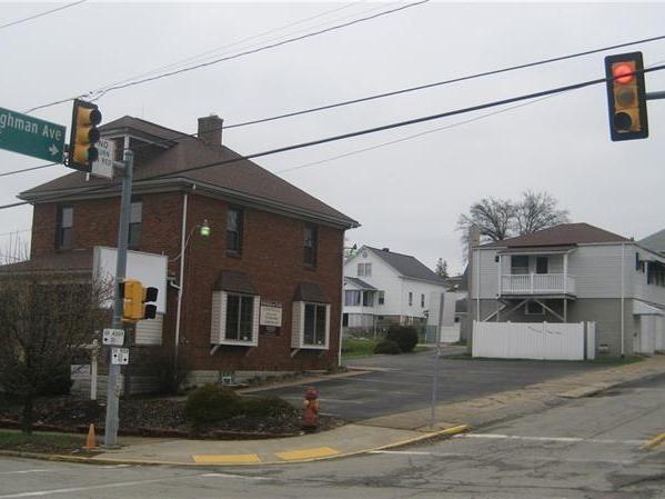 826 Lowry Ave, Jeannette
