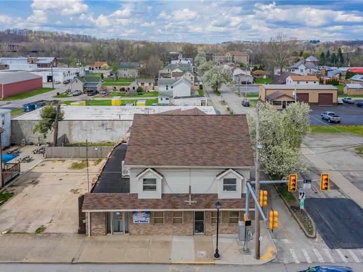 502 W Crawford Ave, Connellsville