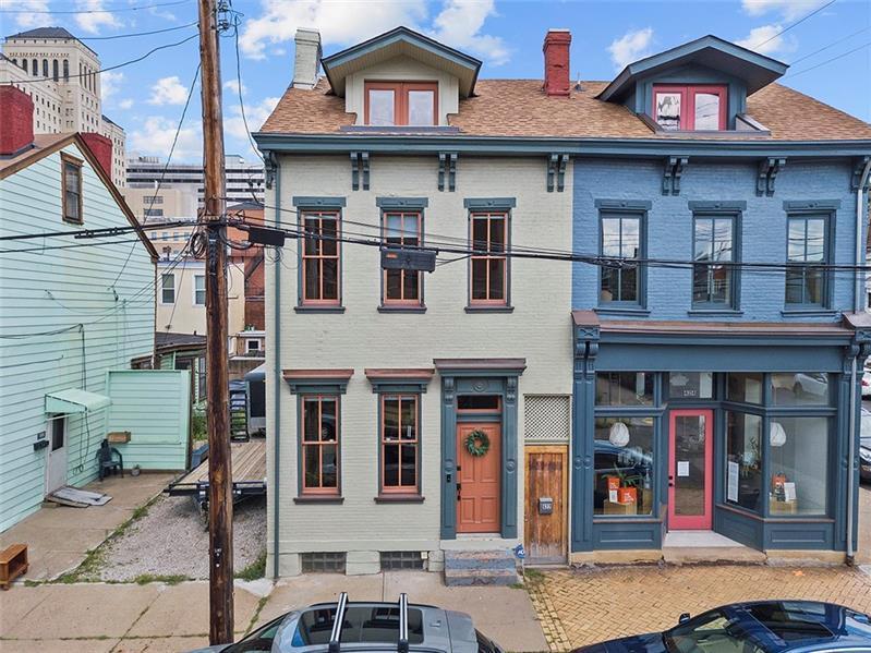 422 Suismon Street, Central North Side