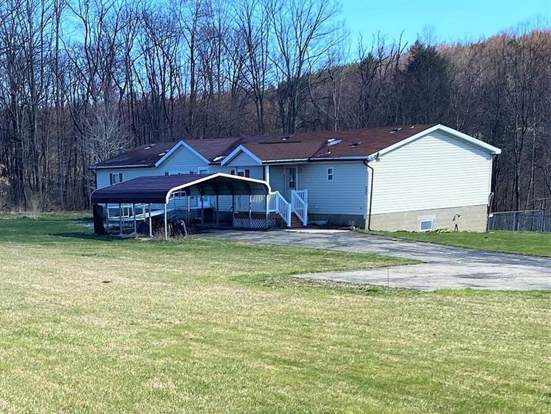 9053 Route 422 Hwy, Cherryhill Twp - Clymer