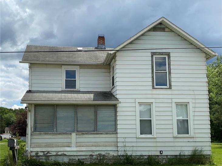 5396 Erie Street, Mahoning Twp