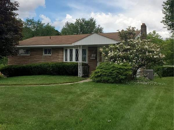 176 Connie Drive, Ross Twp