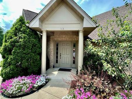 113 Evergreen Dr, Peters Twp