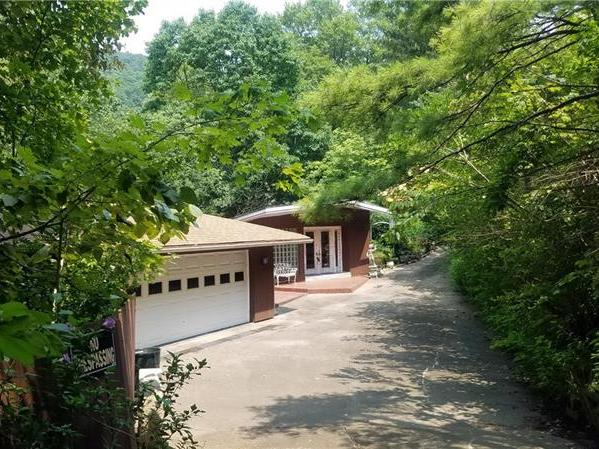 3340 State Route 30 E, Unity Twp