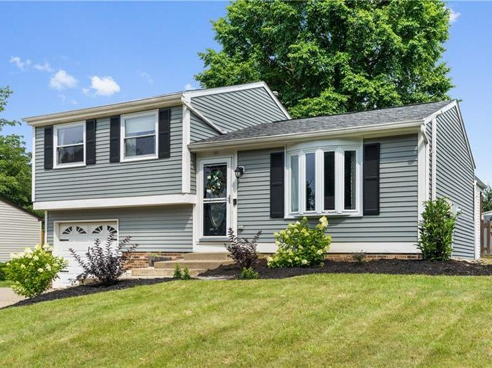 35 Forest Glen Drive, North Fayette