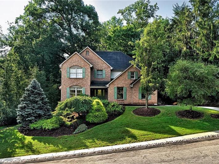 108 Radcliff Drive, Ross Twp