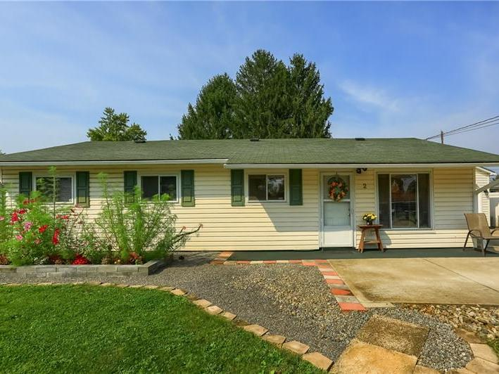 2 Dover Drive, Cranberry Twp