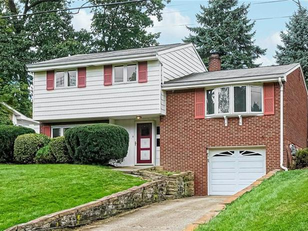 483 Amherst Ave, Moon-Crescent Twp
