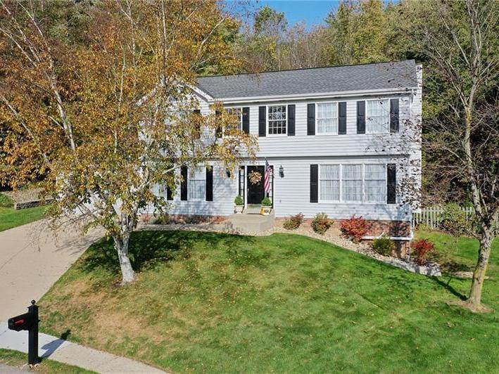 318 Winchester Court, Cranberry Twp